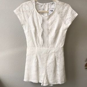 NWT Charlotte Russe BEAUTIFUL Lace Romper